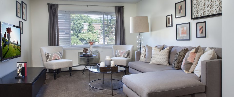 Living area at the Groves at Milford | Milford MA apartments