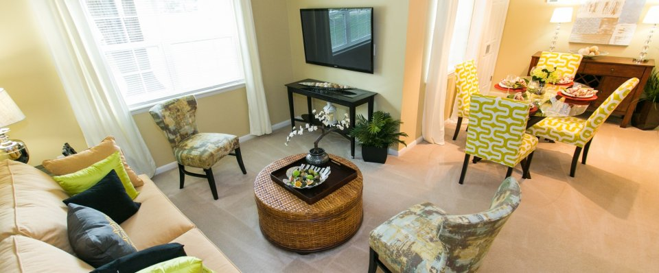 Spacious living room at Crofton Village apartments | Crofton MD
