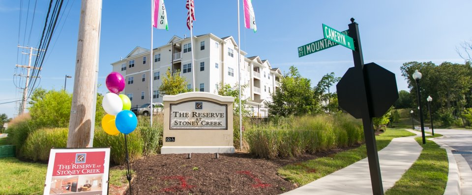 the Reserve at Stoney Creek apartments | Pasadena MD