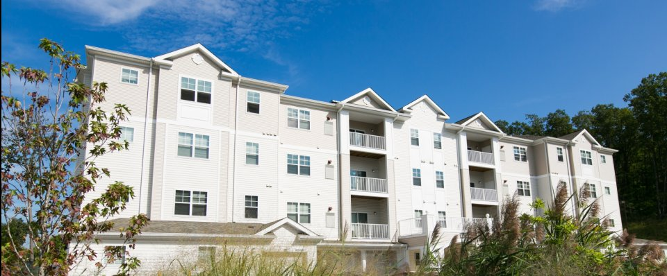 Apartments for rent in Pasadena MD | the Reserve at Stoney Creek
