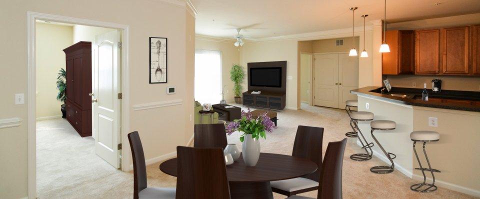 the Reserve at Stoney Creek apartments | Pasadena MD