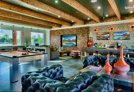 Luxury apartments in Phoenix AZ | Community