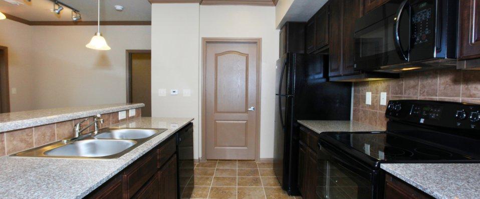Spacious kitchens at The Reserve at Jones Road | Houston Apartments