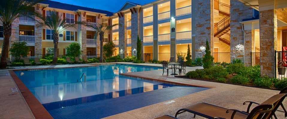 Luxury pool at The Reserve at Jones Road | Houston Apartments