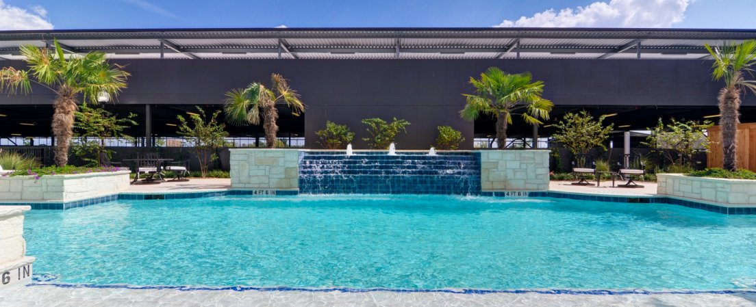 Luxury apartments in new braunfels tx creekside vue for Creekside vue