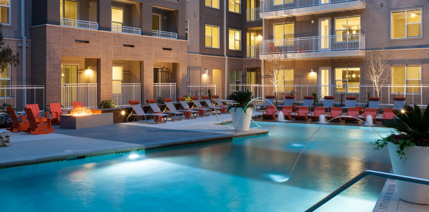 Apartments in Downtown Dallas TX Arpeggio at Victory Park