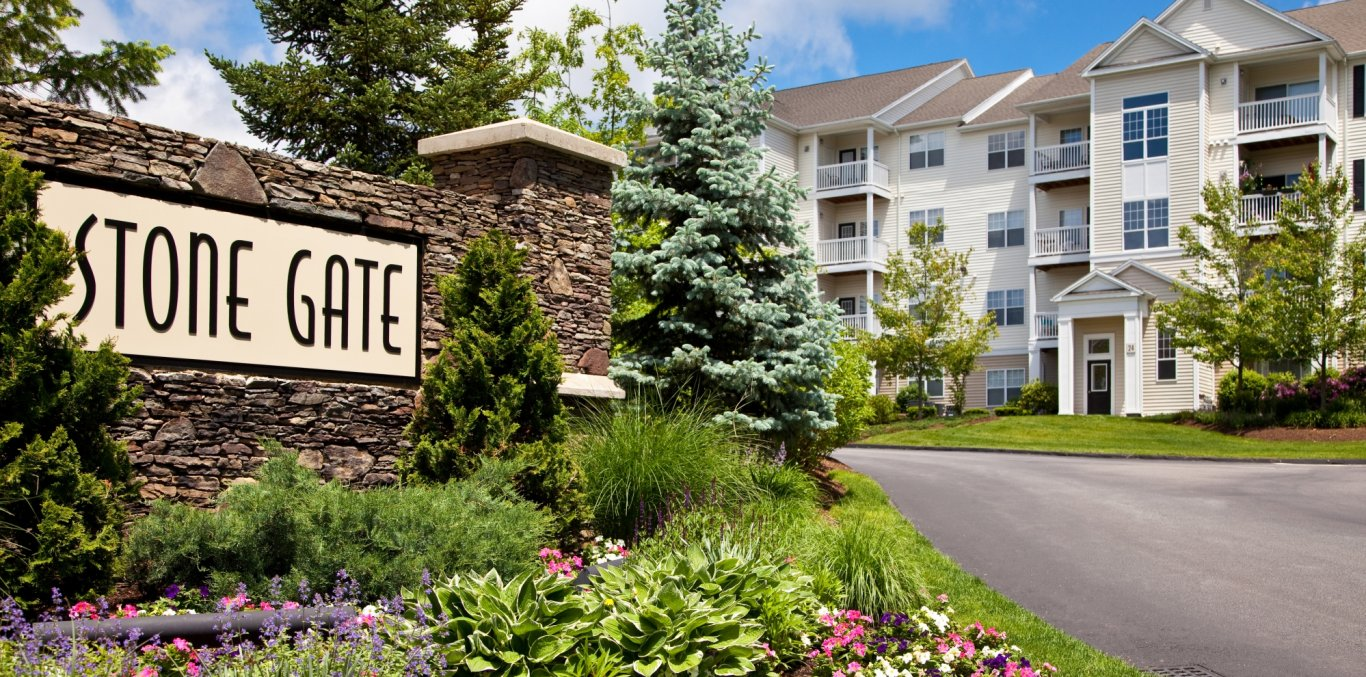 Stone Gate Apartments