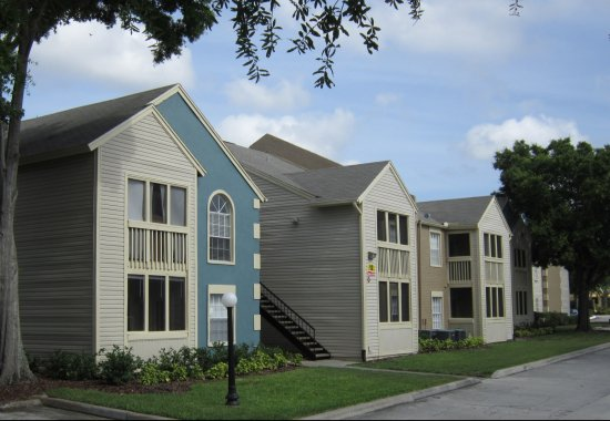 Building view of our apartments for rent in Bradenton Florida