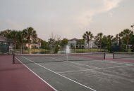 Tennis court at Palm Cove apartments in Bradenton