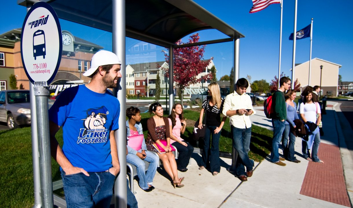 Located just one mile east of the GVSU campus, we offer the convienence you need at your home away from  home.  Our On-site GVSU Rapid Bus Stop makes getting to class fast and easy.