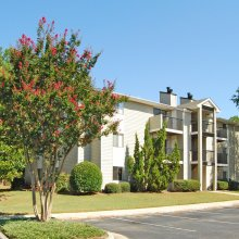 Apartment rentals exterior building in Fayetteville, NC