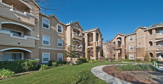 Sycamore Terrace Apartments In Sacramento CA 95831 .