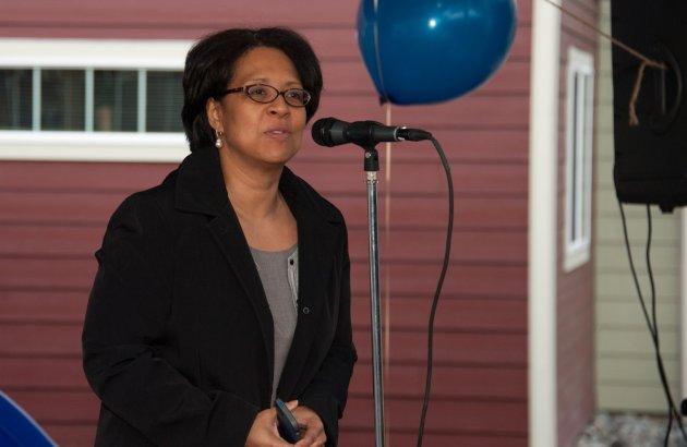 Mayor, community partners & residents celebrate Mason Avenue Apartments. Read more.
