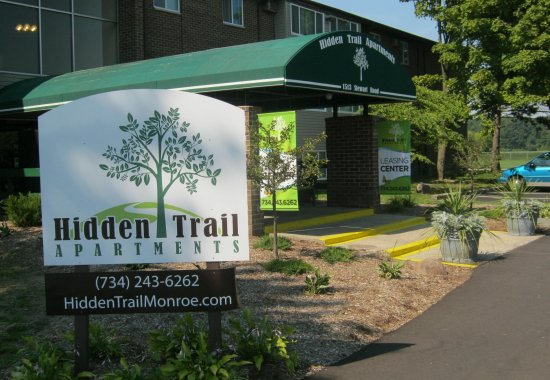 Welcome home toHidden Trail Apartments in Monroe, Michigan.