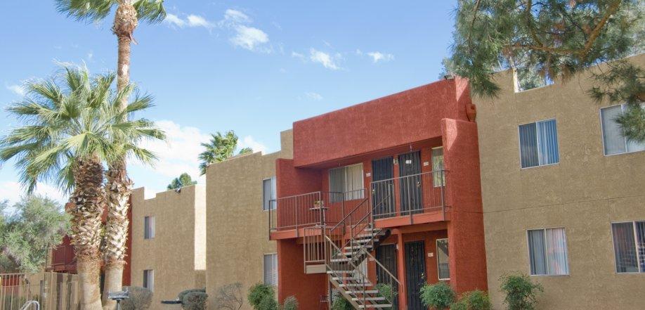 apartment near Tucson Mall