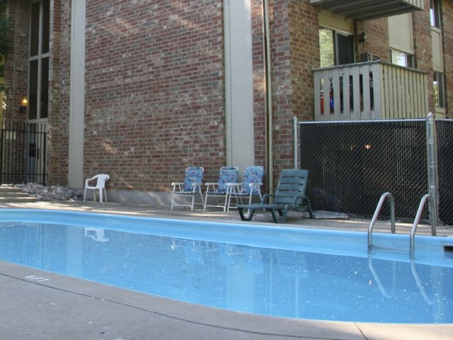 Current Availability And Pricing At Hyde Park Apartments