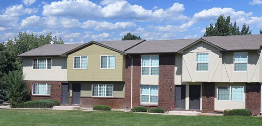 2 level townhome exterior