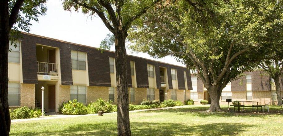 Golden Crest Apartment Homes