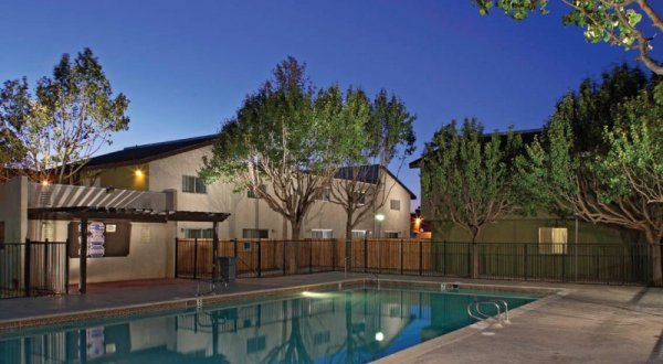 Woodlands West Townhomes