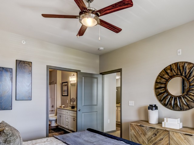 Image of Ceiling Fans In All Bedrooms and Living Room for Portiva