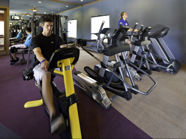 KU Apartments With A Fitness Center | The Reserve on West 31st
