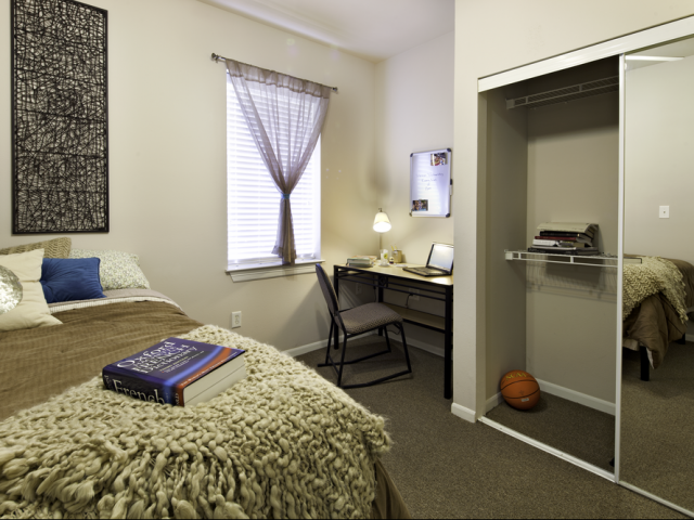 4 Bedroom Apartments Near Haskell Indian Nations University | The Reserve on West 31st