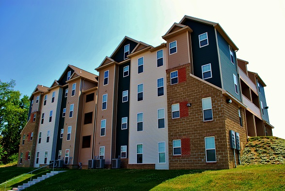 Wvu evansdale apartments the lofts for One bedroom pet friendly apartments morgantown wv
