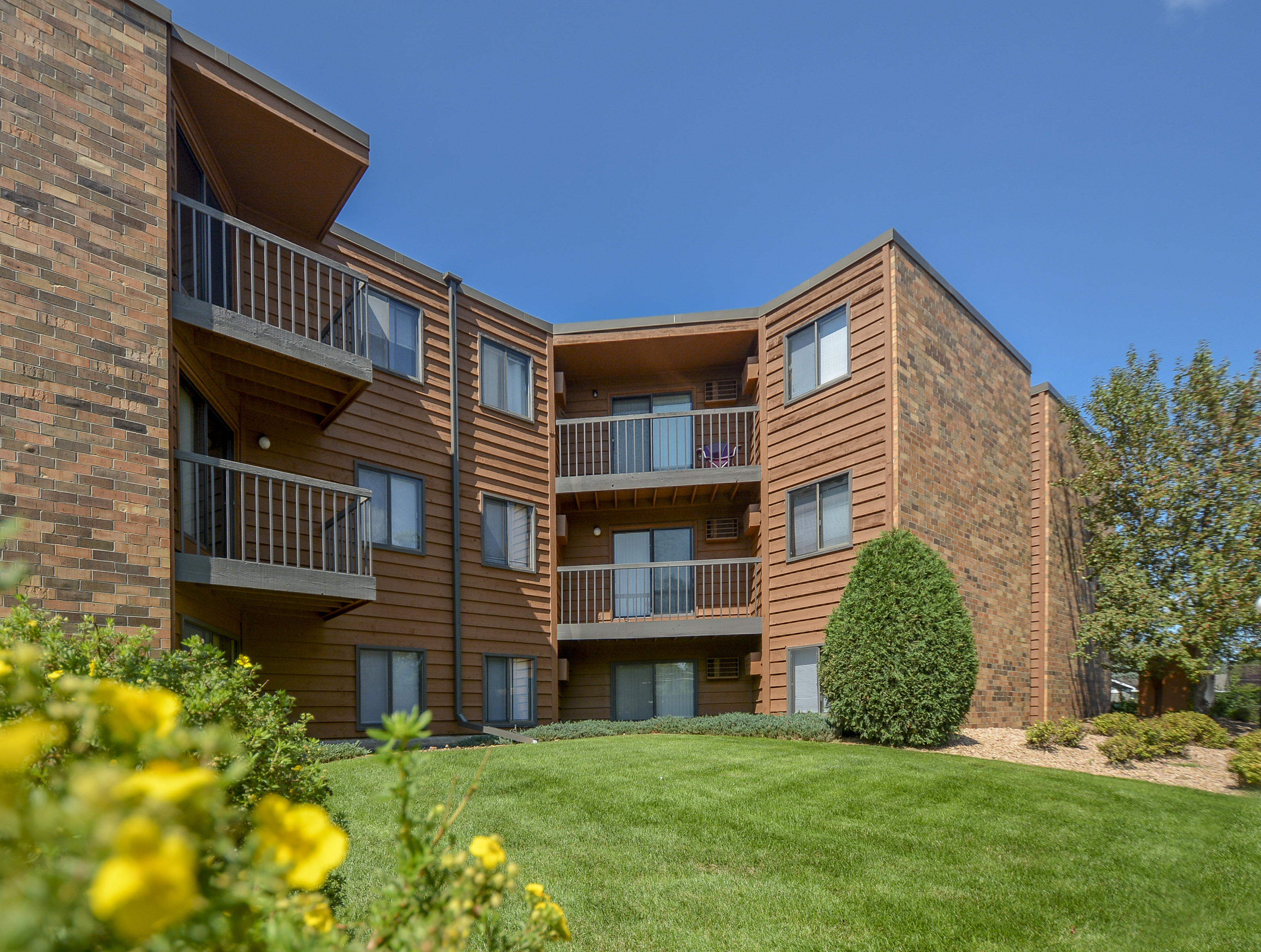 Garden Square Apartments