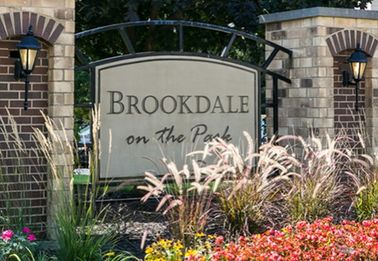 Front Sign of Brookdale on the Park Apartments