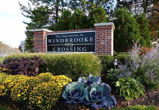 Apartments in Buffalo Grove, IL | The Apartments at Windbrooke Dr