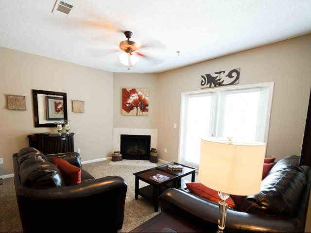 Maryville TN Apartment Rentals   -Camellia Trace Apartments