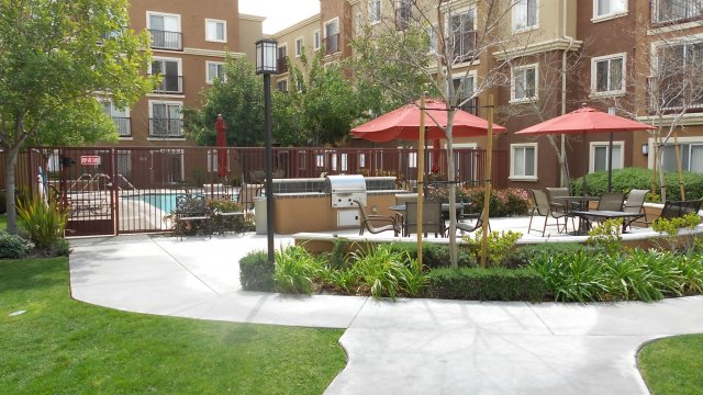 Canyon Country Senior Apts