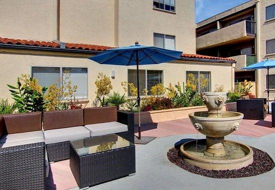 Apartments in Pasadena | San Pasqual
