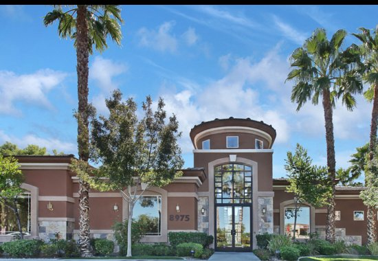 Apartments in Las Vegas, NV | The Clubs at Rhodes