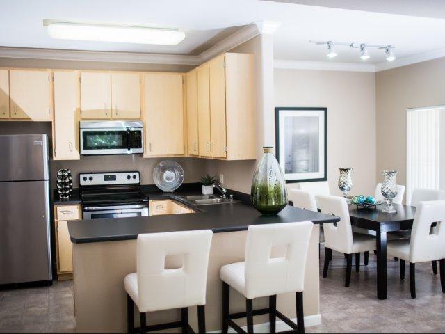 Apartments in Elk Grove | Stone Lake
