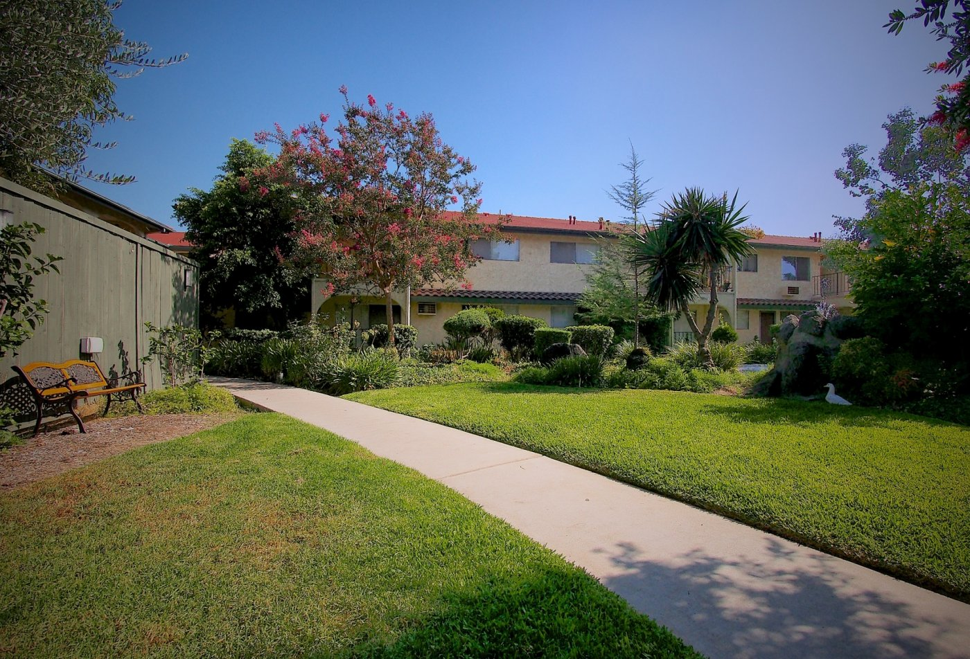 Apartments in San Gabriel