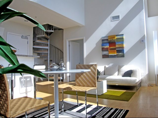 Los Angeles Furnished Apartments Short Term Rentals Studio 1 2 And 3 Bedrooms Wilshire Margot
