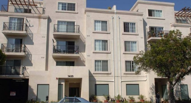2 Bedroom santa monica apt