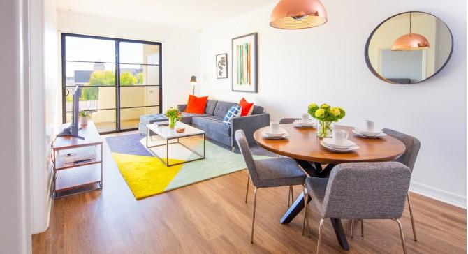 Brentwood Luxury Apartments, 2 Bedrooms, two Bedroom LuXe Villas ...