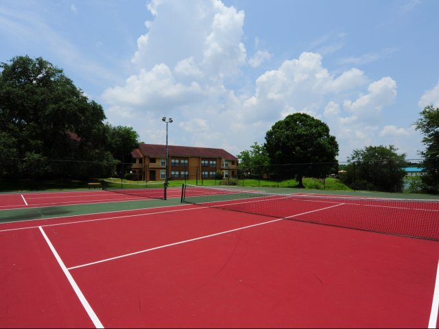 Oak Ramble | Apartments For Rent in Tampa, FL | Tennis Court
