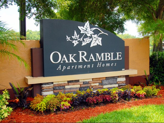 Oak Ramble | Apartments For Rent in Tampa, FL | Entrance Sign
