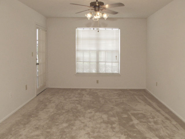 Sartaoga | Apartments For Rent in Melbourne, FL | Living Room