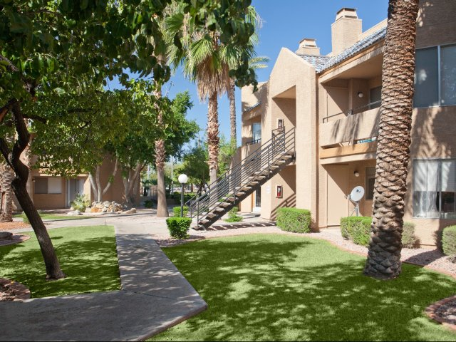 Meadow Glen | Apartments For Rent in Glendale, AZ | Shaded Pathway
