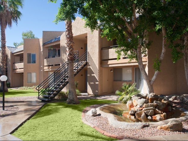 Meadow Glen | Apartments For Rent in Glendale, AZ | Patios and Balconies