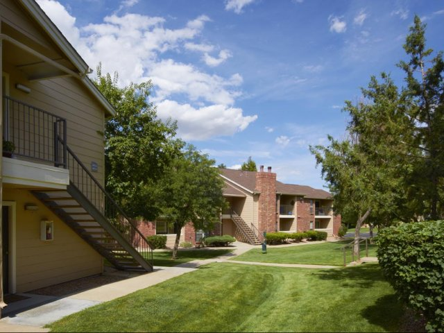 Canyon Chase | Apartment Rentals Westminster, CO | Courtyards