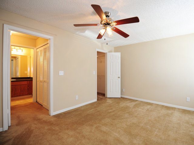 Oak Ramble | Apartments For Rent in Tampa Palms, FL | Bedroom with Closets
