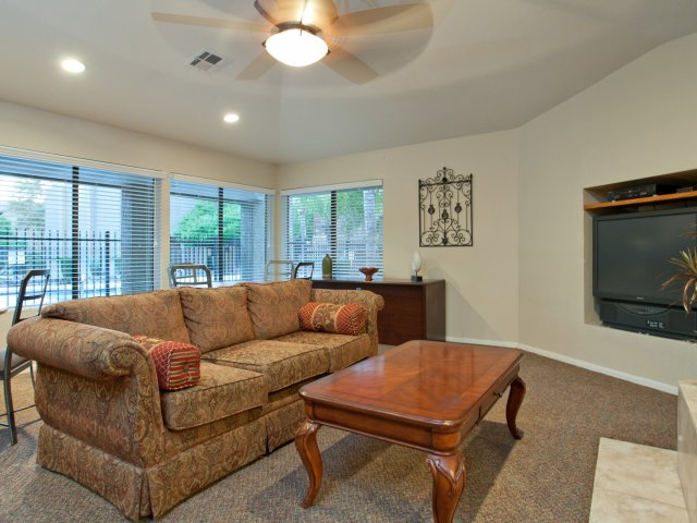 Terra Vida Apartments for Rent in Mesa, AZ | Clubhouse Lounge
