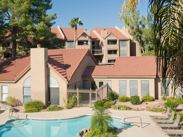 Villas at Cave Creek Apartments for Rent in Pheonix, AZ | Swimming Pool