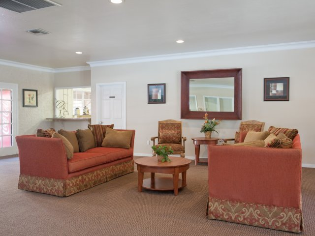 Villas at Cave Creek Apartments for Rent in Pheonix, AZ | Clubhouse Lounge