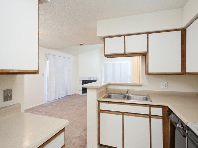 Villas at Cave Creek Apartments for Rent in Pheonix, AZ | Kitchen Countertops